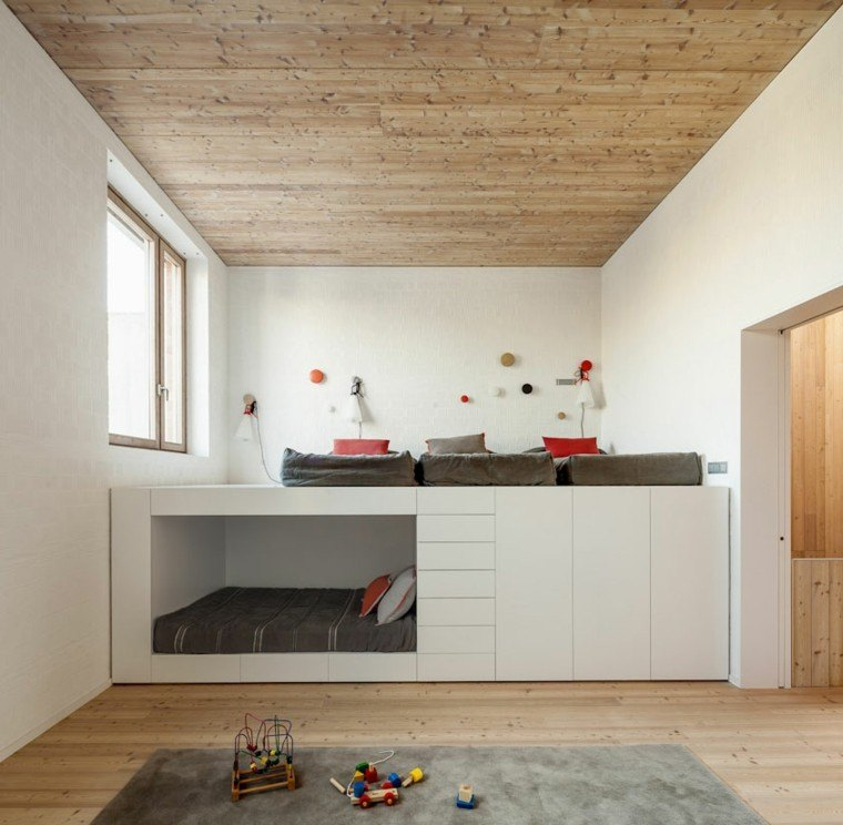 techo madera cuarto infantil literas