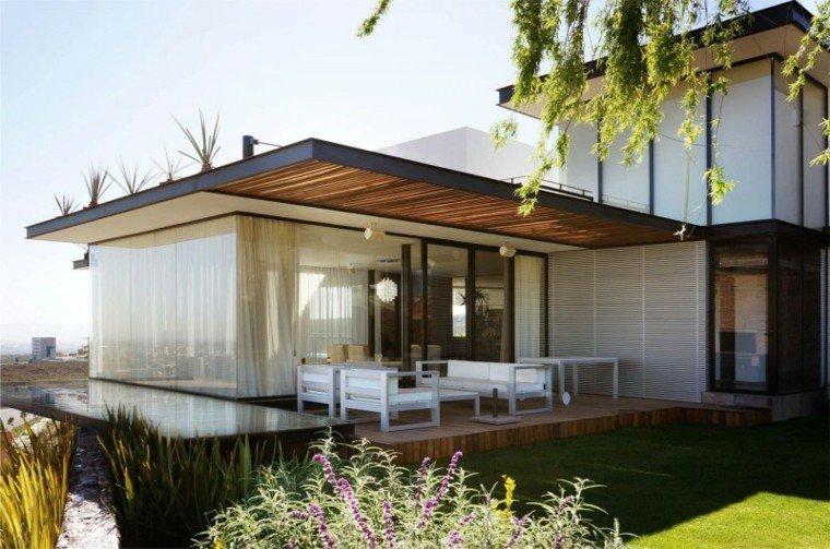Ideas para terrazas patios o balcones acogedores for Cubiertas modernas para terrazas
