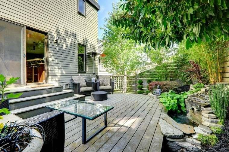 terraza suelo madera escaleras estanque decorativo ideas