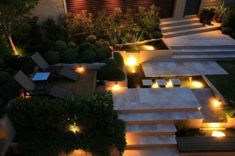 tumbonas mesa jardin moderno proyectores