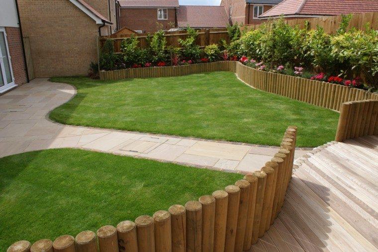 vallas de madera cesped cuidado baja jardin moderno