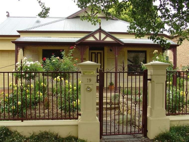 vallas metalicas jardin delantero casa entrada ideas