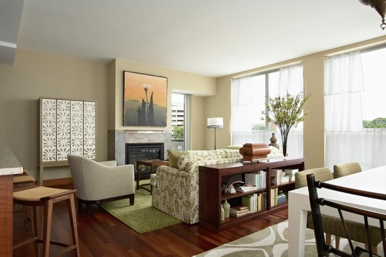 vivienda pequena chimenea alfombra verde paredes beige ideas