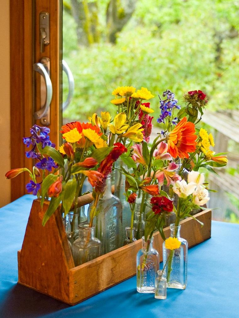 Flea Market arreglo floral botellas cristal ideas