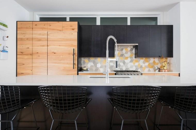 azulejos cocina geometrico decoracion sillas