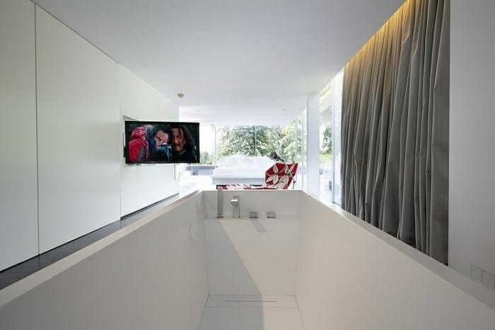 Baño Con Vista Al Jardin:La Casa Genet – un diseño de la arquitecto Laurence Sonck