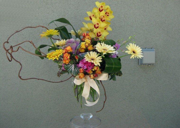basico decorado amarillo ramas colorido