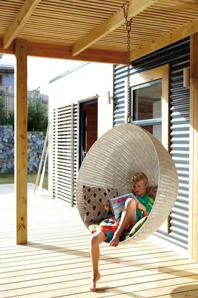 Columpios y sillas colgantes para el jard n 50 ideas - Columpios de terraza ...