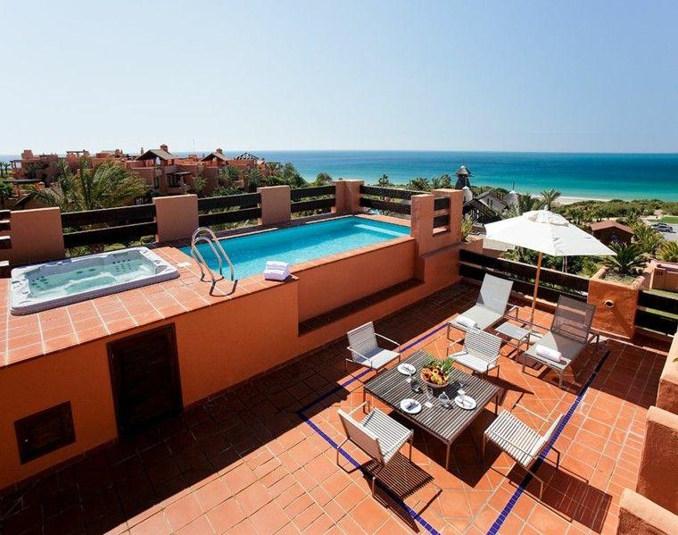 Burbujas y diversi n con jacuzzi al aire libre - Suite con piscina privada madrid ...