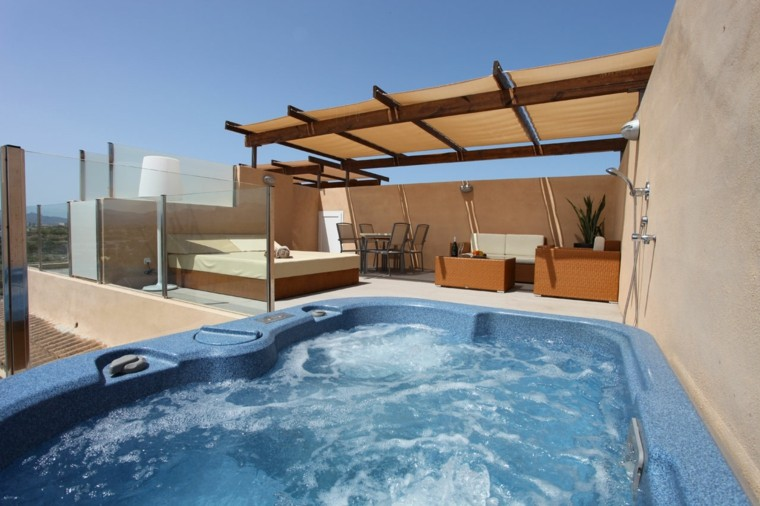 burbujas jacuzzi terraza pergola moderna muebles ideas