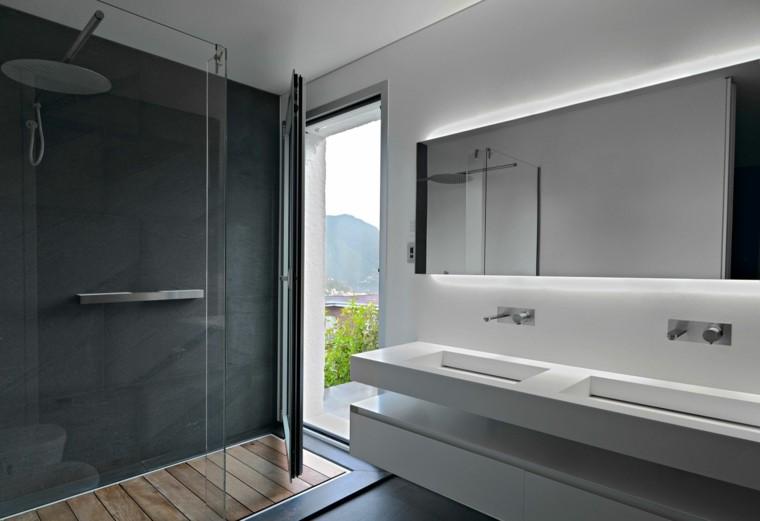 cabina ducha suelo madera listones