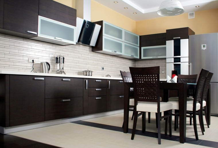 cabinetes modernos cocina salpicadero amarillo