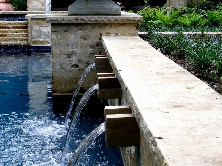 caidas agua piscina moderna jardin ideas