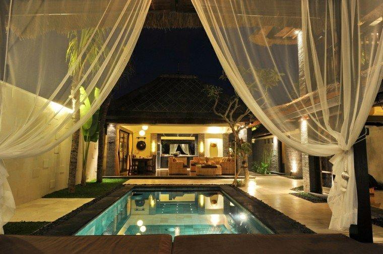 cama dosel jardina piscina iluminada pequena ideas
