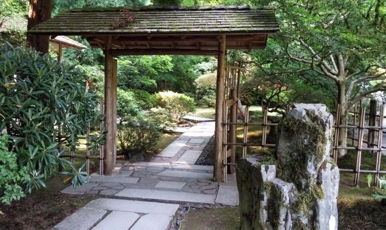 camino jardin estilo oriental rocas