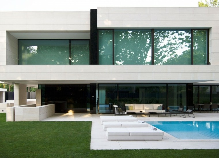 Park house un dise o arquitect nico de a cero - Rafael llamazares arquitecto ...