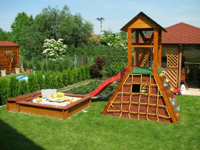 casita jardin arena niños red