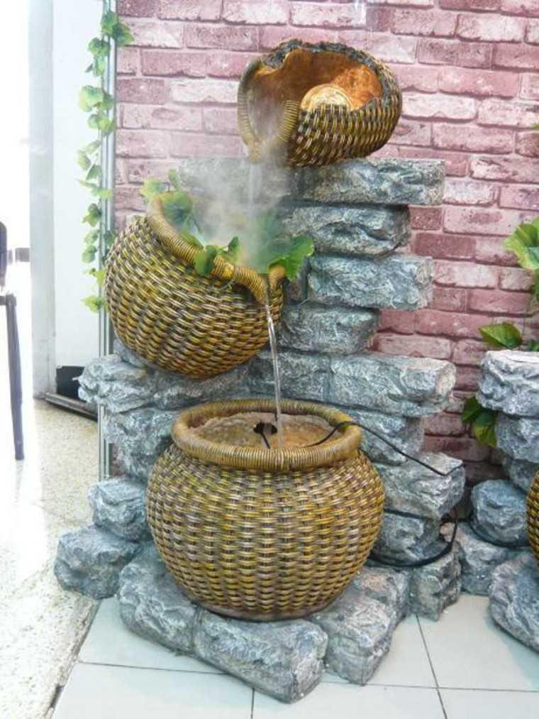 diseño cestas mimbre fuente agua