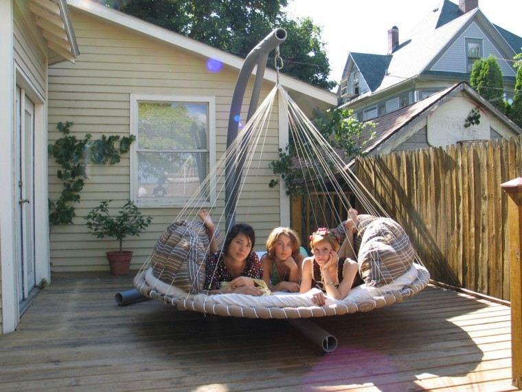 chicas comoda cama atractiva cuerdas