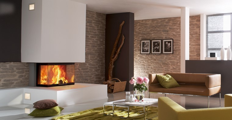 chimenea moderna salon sofas pared piedra ideas