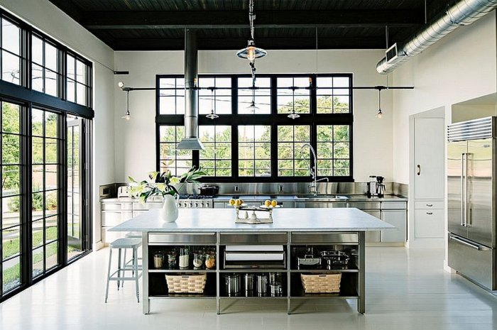 cocina industrial moderna iluminada acero