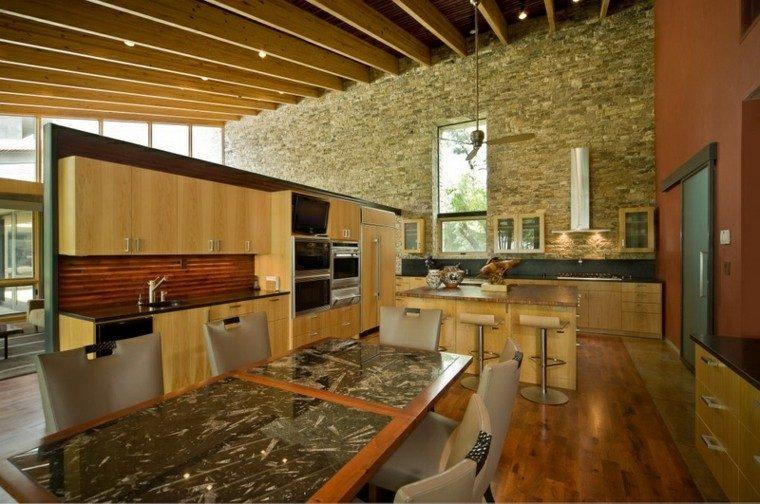 cocina estilo industrial pared piedra
