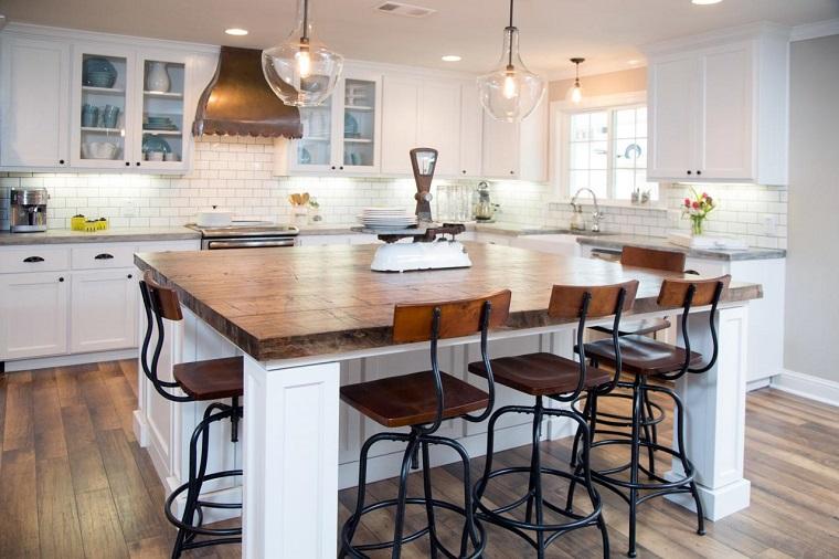 cocina isla encimera madera sillas ideas