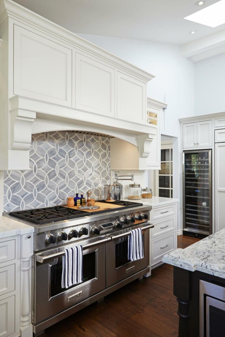 Azulejos cocina y salpicaderos geom tricos retadores for Cocinas alicatadas