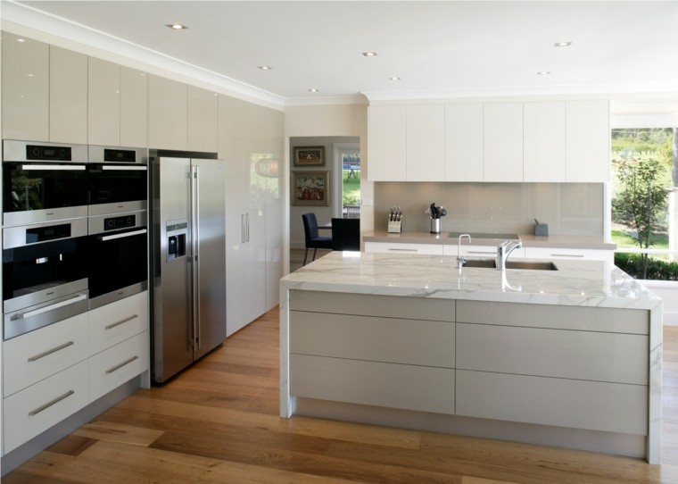 Dise o de cocinas modernas 100 ejemplos geniales - Encimera marmol cocina ...