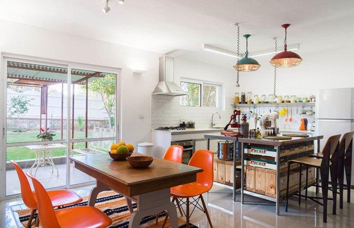 cocina moderna sillas naranja plastico