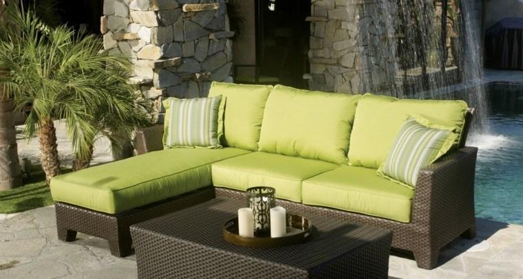 Sofas jard n acogedor y moderno con muebles preciosos for Muebles jardin modernos