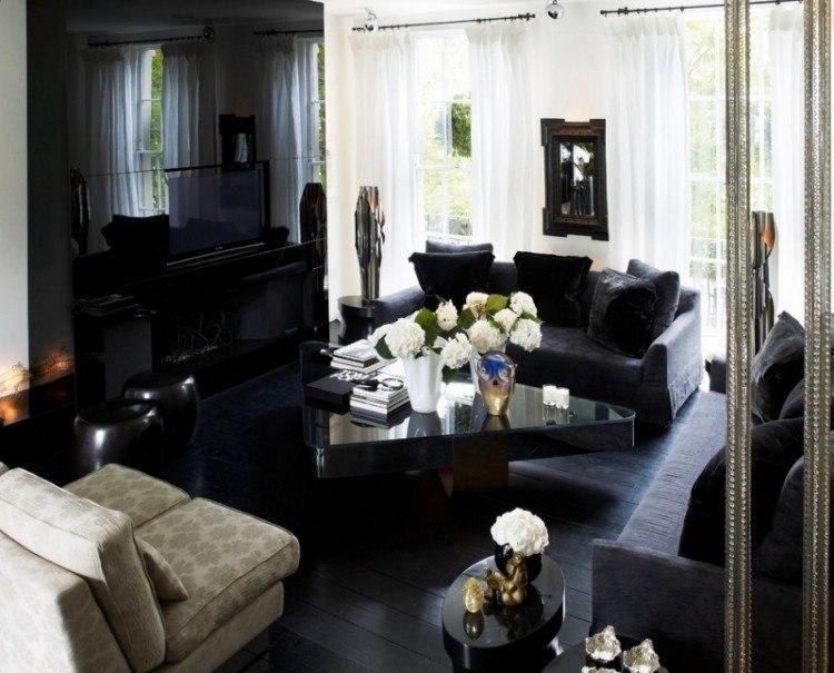 colores oscuros salon moderno sofas negro cortinas blancas ideas