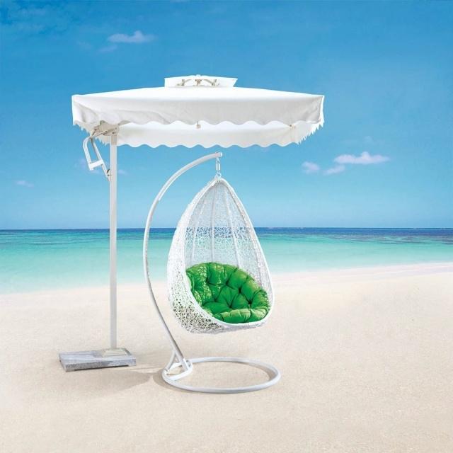columpios jardin sillas sombrilla blanca