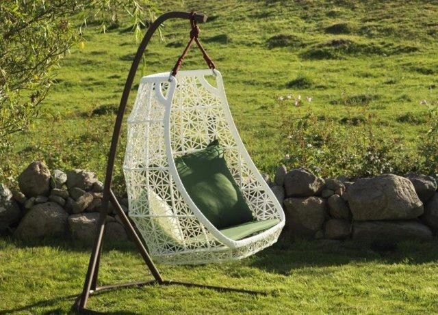 Columpios y sillas colgantes para el jard n 50 ideas - Columpios de exterior ...