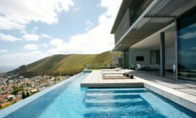 Construccion de piscinas en el jard n 103 ideas for Piscinas minimalistas