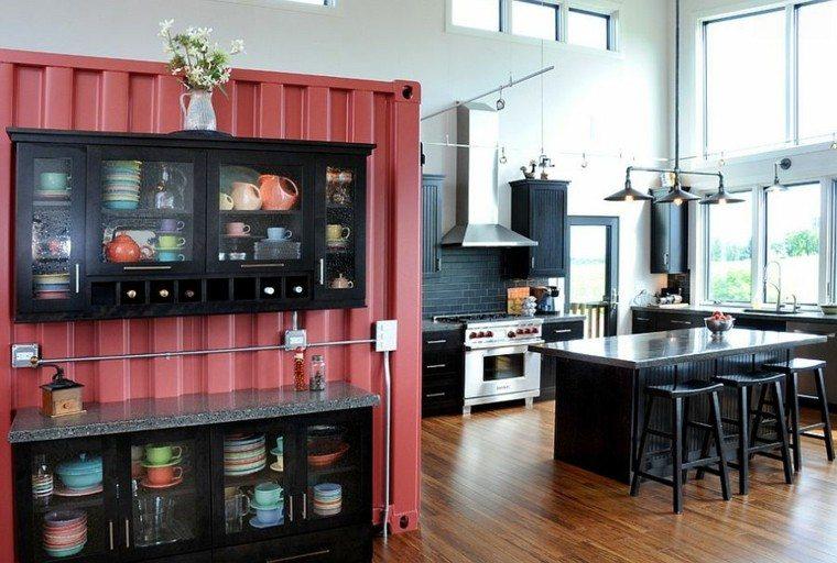 contenedor grande rojo dentro cocina industrial ideas