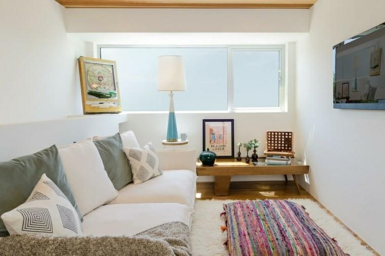 cuadro cojines colorido alfombra mesa