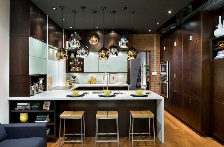 decoracion elegante lamparas doradas modernas