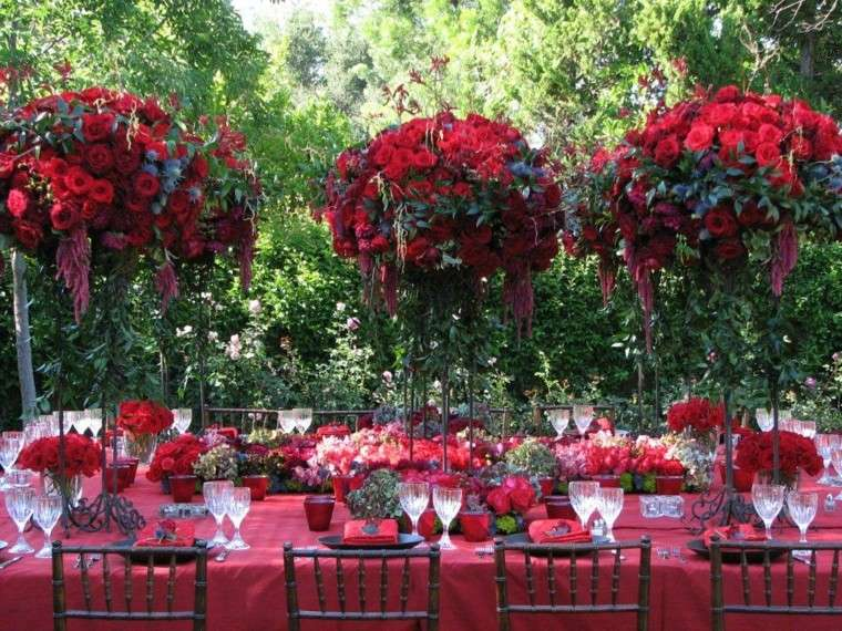 decoracion fiesta jardin color rojo