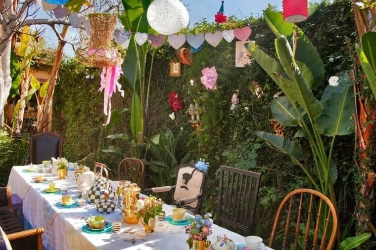 Party en el jard n 50 ideas para decorados de fiestas for Arreglos para jardin