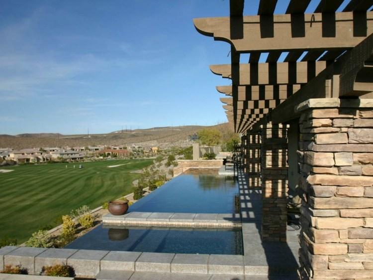 días terraza dos piscinas pergola madera ideas