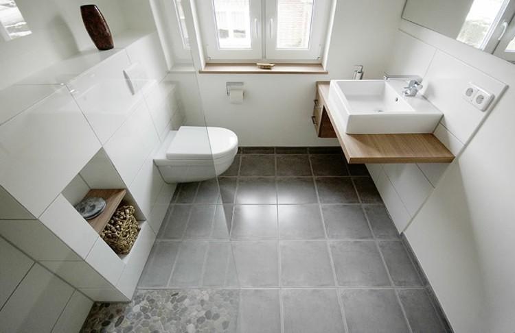 diseño cuarto baño blanco madera