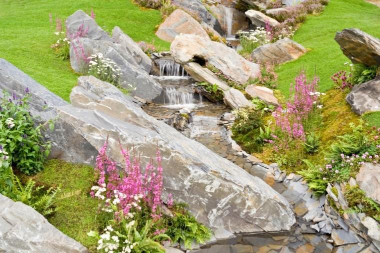 diseño cascada jardin moderno rocas