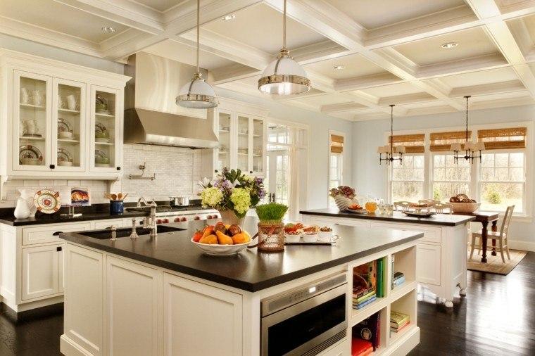 diseño de cocinas funcional colorida iluminada