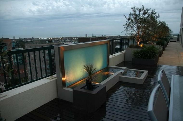 diseño fuente moderna terraza vistas