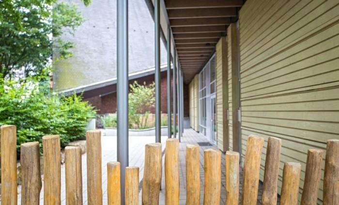 diseño moderno empalizado estacas madera