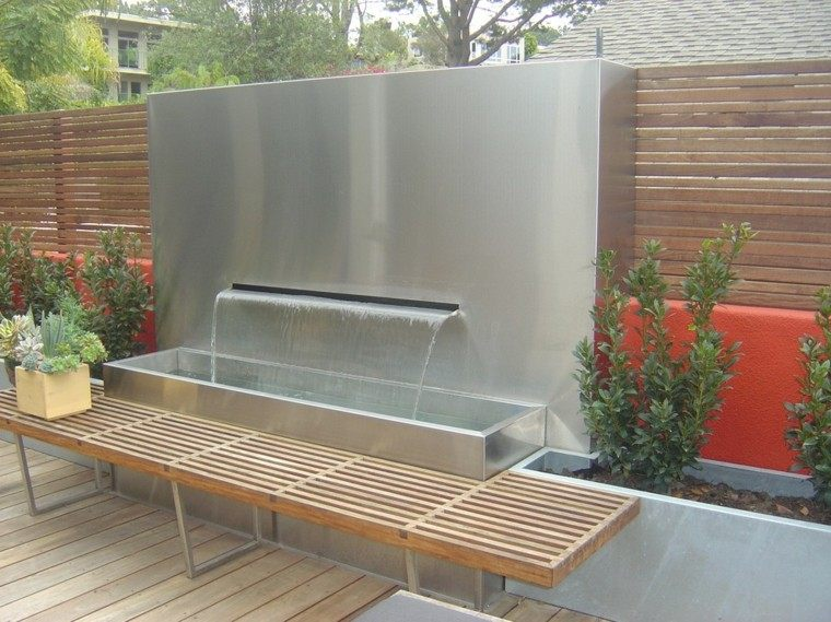 diseño estilo moderno fuente cascada