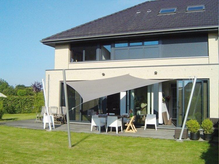 Toldos y parasoles de dise o moderno 50 ideas - Parasoles para jardin ...