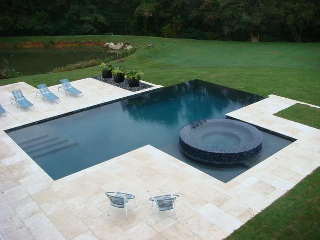 diseño piscina moderna jardin grande