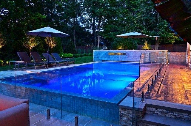 diseño piscina fibra transparente moderna